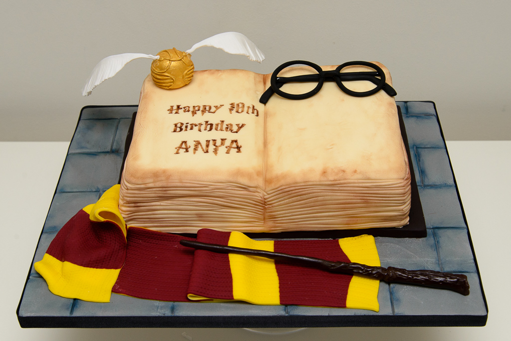 Awesome Harry Potter Cake Buttercream Dream